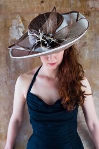 Twisted Thimble 'Rita Wave' hat